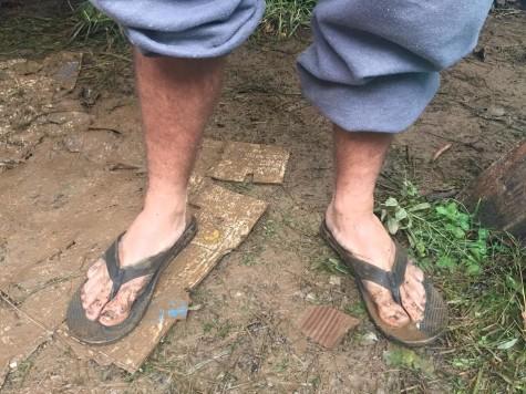 Feet 25