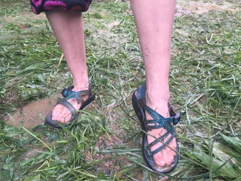 Feet 8
