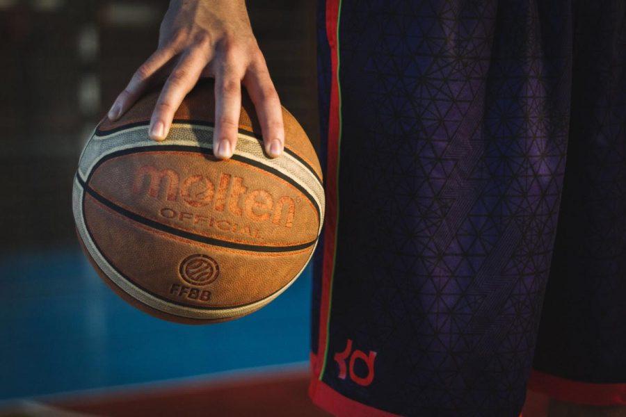 CAYA+boys%E2%80%99+basketball+anticipates+new+season%2C+new+beginnings