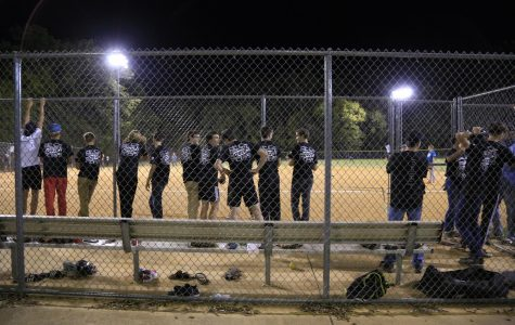 Seniors Sweep Class Softball Games